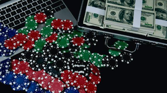 Играть онлайн покер без денег без регистрации игры в покер онлайн без вложений